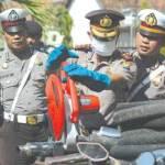Knalpot Brong Dipotong, Ban Mungil Digergaji