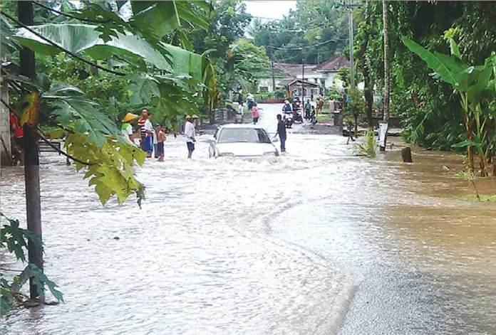 Hujan-Semalaman,-Banyuwangi-Dikepung-Banjir