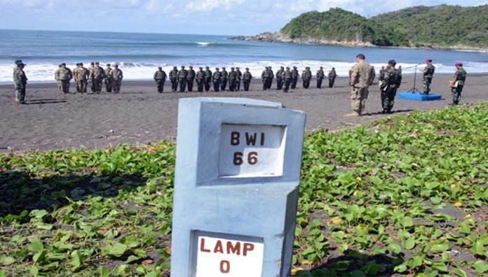 Marinir-Latihan-Bareng-US-Army-di-Pantai-Lampon