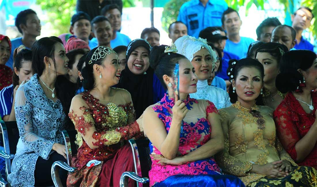 Napi-wanita-Lapas-Banyuwangi-ketika-merayakan-Hari-Kartini-beberapa-waktu-lalu.