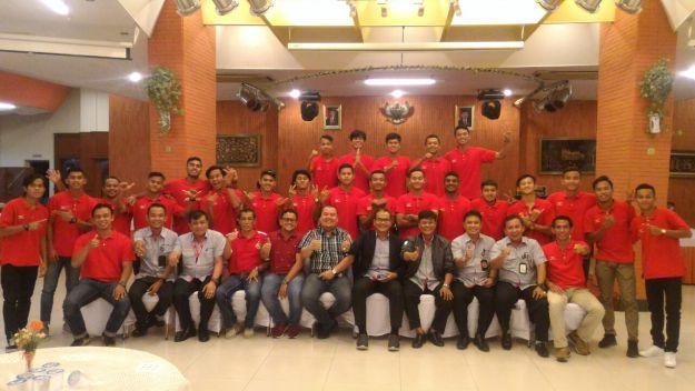 Pembubaran tim Semen Padang FC U-19 oleh Manajemen di Wisma Indarung PT Semen Padang, Kamis (12/10/2017). Foto : Istimewa