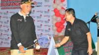 Walikota Padang Mahyeldi Ansarullah membuka kejuaraan Bulutangkis yang digelar Telkom Sumatera Barat