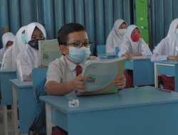 Semester Baru, Beberapa Sekolah di Kota Padang Masih Belajar Secara Daring