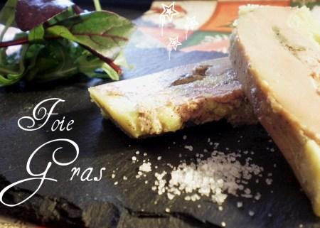 Recette Noël - Foie gras cuit au micro-ondes et après mis en terrine pour lui donner forme le temps du repos