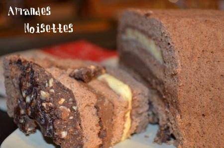 Dessert-Bûche aux trois chocolat craquante