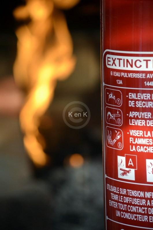 extincteur-feu-pompier-téléphone