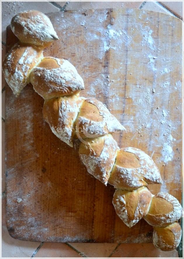 Recette bio, pain fait maison, baguette epis fait avec de la farine bio