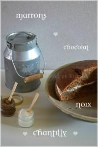 Recette du gâteau aux noix, marrons avec des morceaux de chocolat et chantilly