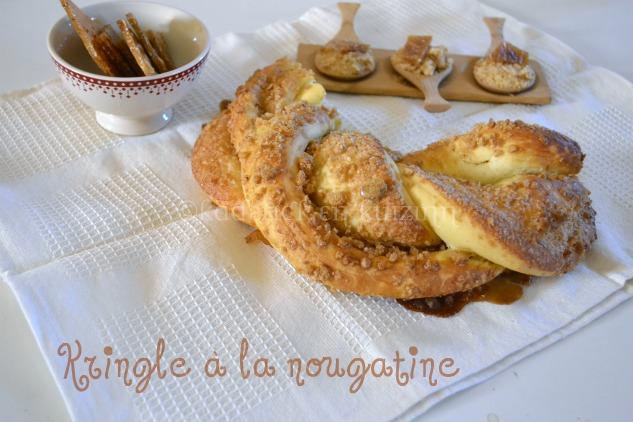 Kringle Estonien avec une pâte briochée et de la nougatine aux amandes et aux noisettes
