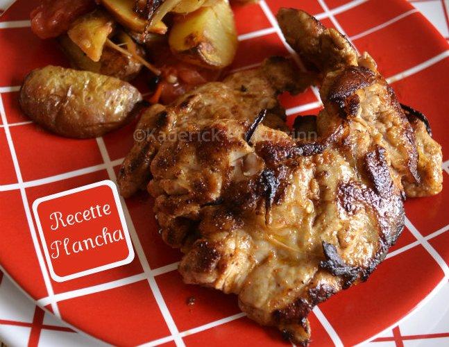 Dégustation d'araignée de porc épicée une recette plancha servi avec des pommes de terre, tomate, piment et oignons frais bio