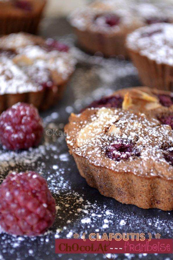 Dégustation des minis clafoutis chocolat & framboises bio pour un goûter gourmand
