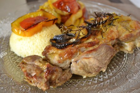 Recette du gigot d'agneau aux légumes bio rôtis et semoule pour une inspiration cuisine orientale