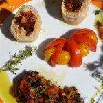 Recette facile roulés de dinde au chorizo, tomates confites et mozzarella avec une sauce vierge du livre Masterchef d'Elisabeth Solar - Kaderick en Kuizinn©