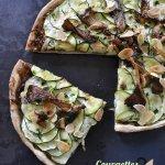 Recette pizza végétarienne bio aux courgettes, confit oignons, champignons et amandes effilées pour un repas par semaine sans viande - Kaderick en Kuizinn©