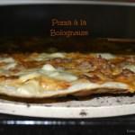 Pizzas maison cuitent à la plancha Verypizz pour des pizzas comme chez le pizzaïolo avec celle-ci à la bolognaise - Kaderick en Kuizinn©2013