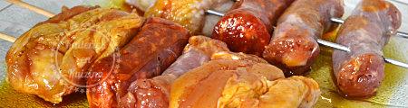 Recette plancha - Brochettes de poulet, chorizo et saucisse à la plancha