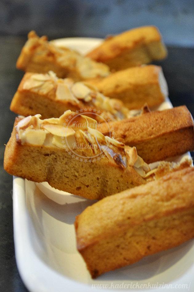 Recette de cuisine financier caramel beurre salé amande effilées