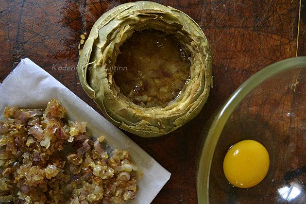 Remplissage du fond d'artichaut du blanc œuf pour Prince de Bretagne