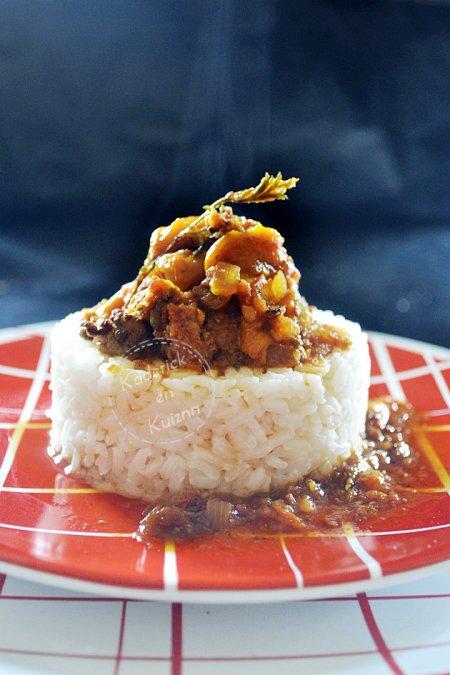 Dégustation du riz et poivron à la bolognaise de chorizo