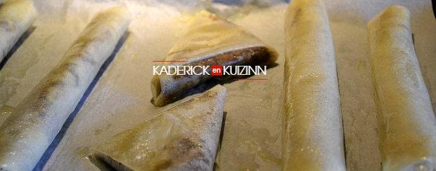 Cuisson pâtisserie orientale samoussas dattes, pistaches, amandes, miel