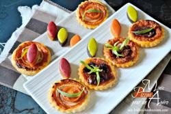 Minis tartelettes - Pizzas au pesto de poivrons pour l'apéro - Menu Paques