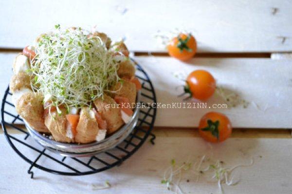 Brunch - Bundt cake saumon fumé mozzarella et pousses d'alfalfa cresson