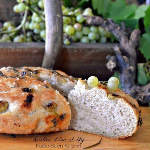 Recette pain cocotte raisins thym romarin pour accompagner le jambon