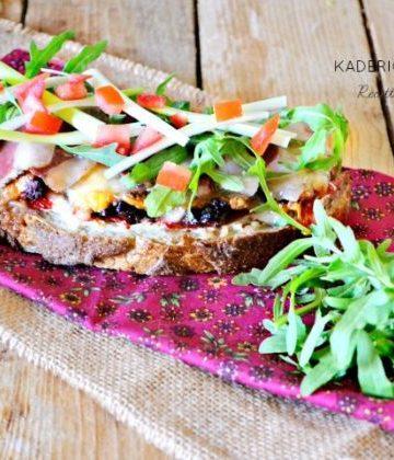Bruschettas magret canard cuit et magret séché pimento faisselle