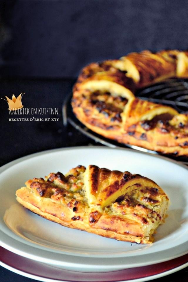 Part galette rois feuilletee forme soleil frangipane amande