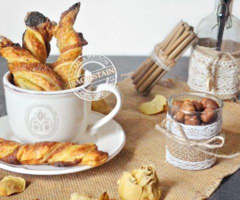 Sacristain feuilleté aux noisettes et oranges confites | Kaderick en Kuizinn