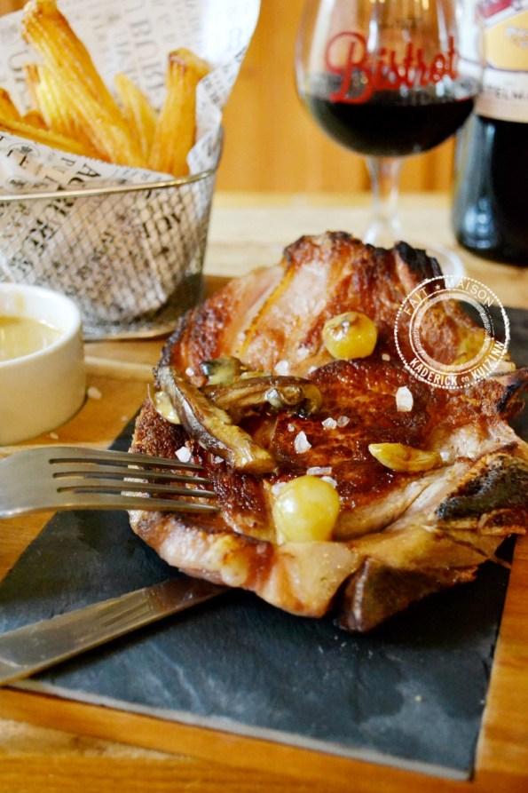 Côte de veau grillée plancha champignons sauce safran moutarde