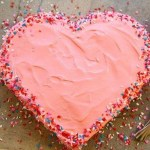 Pastaya Kalp Şekli Verme
