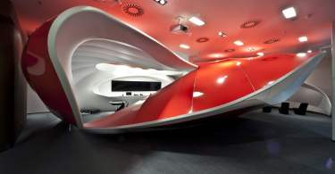 vodafone customer experience center, vodafone, vodafone customers, vodafone customer experience center interior design, vodafone showroom interior design, vodafone design, interior design, customer experience center interior design,