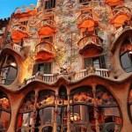 anton gaudi and art nouveau architecture,