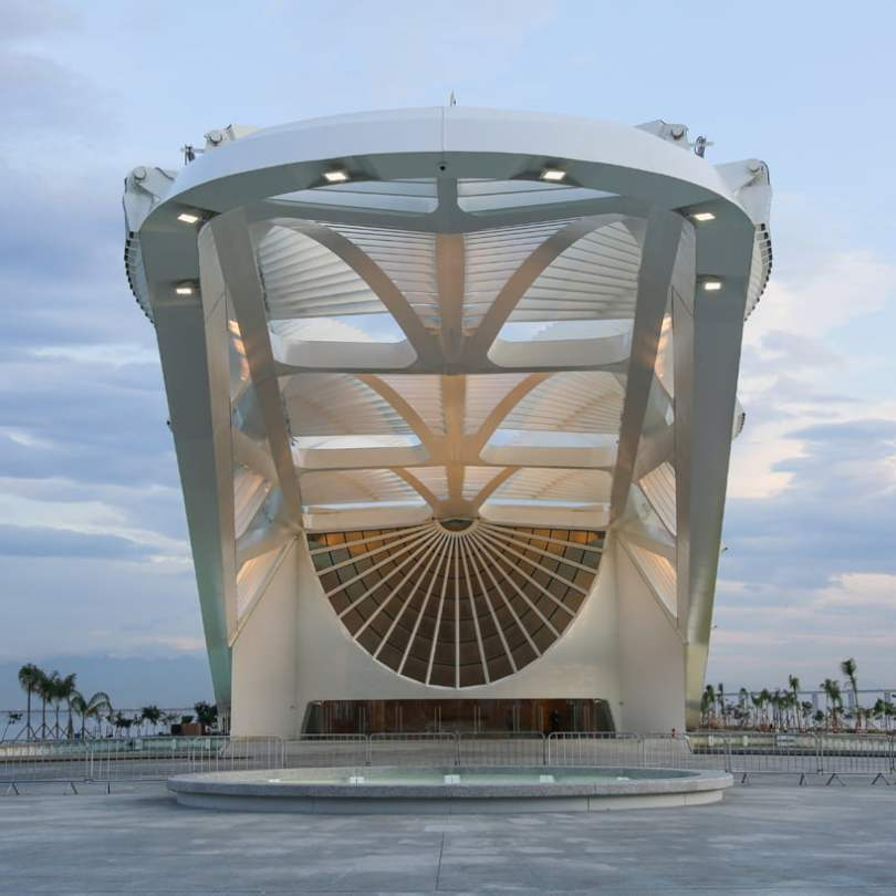 Entrance canopy of Architecture Of New Museum of Tomorrow By Santiago Calatrava