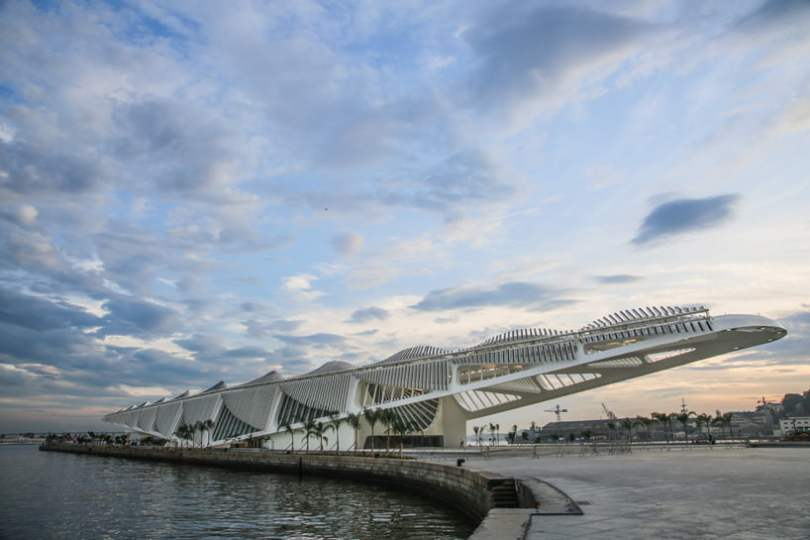 view if Architecture Of New Museum of Tomorrow By Santiago Calatrava form sea side