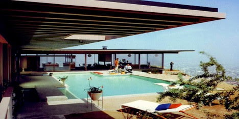 mid century modern house design of Stahl House, Los Angeles