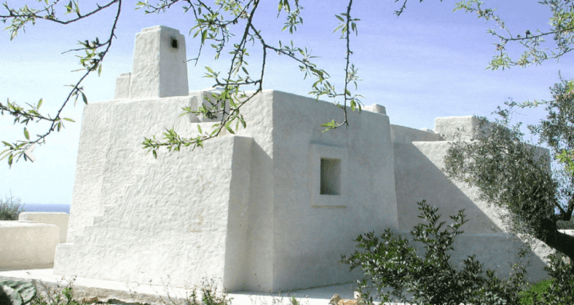 This Italian Costal Home made with Local Volcanic Ash