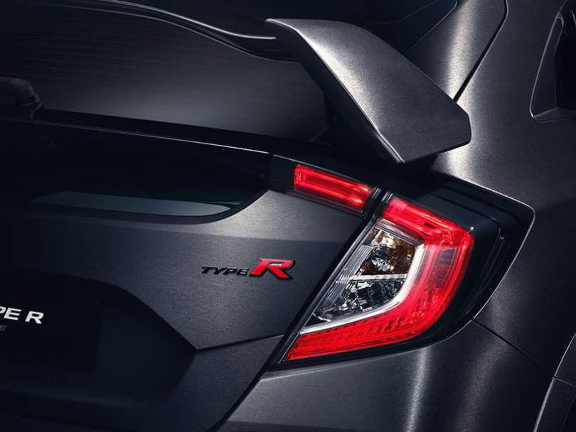 honda-civic-type-r-tail-lights-and-logo-design