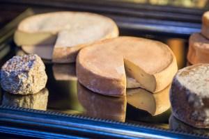 Kärntner Käseproduktion im Gasthaus Bachler