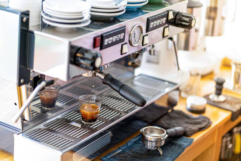 kaffee brühen siebträgermaschine