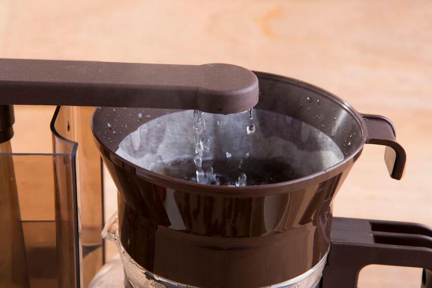 kaffeefilter wasser benetzen