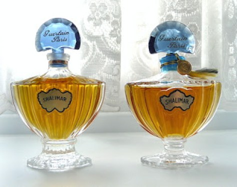 "Bottle differences in photo from Angelairas Perfumes, originally from Basenotes member ""ayelfior."""