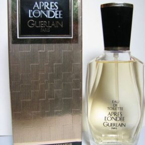 "1980s vintage Apres L'Ondee Apres L'Ondee EDT, post 1983/84 in the black-and-gold box. Source: ebay seller, ""markus-aurelius111."""
