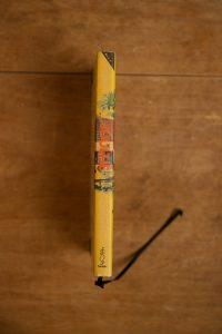 het Kinderboek Juultje en haar vlooienhond is nu een notitieboek geworden met blanco pagina's | gemaakt door Kaftwerk.com