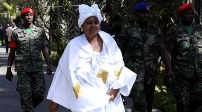 L'ancienne vice-présidente de Gambie, Isatou Njie-Saidy