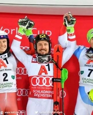 L'Autrichien Marcel Hirscher vainqueur du slalom nocturne de Schlaming en Coupe du monde le 23 janvier 2018