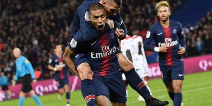 Avec quatre buts en 13 minutes, Kylian Mbappé a été magistral, dimanche soir. @ AFP