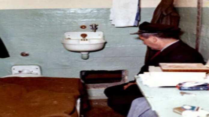 15. Alcatraz se détériore