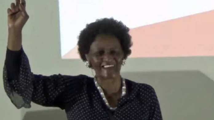 Nomhle Nkonyeni, actrice sud-africaine, 77 ans (notables)